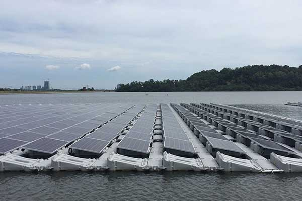 Largest-Floating-Solar-PV-System-in-Singapore